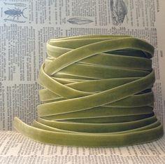 sweet pea green velvet ribbon