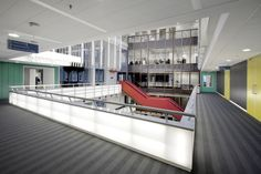 Stadhuis Zaanstad in opdracht van Knauf AMF. Fotograaf: Dion de Bakker DdB Fotografische Vormgeving.