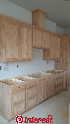 Are you remodeling your kitchen and need cheap DIY rustic kitchen cabinets with tin? We got you covered. Here are cabinet plans you can build easily. decor diy how to build Popular Rustic Kitchen Cabinets Design Ideas Kitchen Cupboard Designs, Interior Design Kitchen, Kitchen Cabinet Styles, Cheap Kitchen Cabinets, Cabinet Plans, Kitchen Cabinet Plans, Cupboard Design, Rustic Kitchen, Kitchen Design