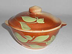 Watt Pottery Silhouette #18 Tab Casserole W/Lid!