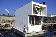 Concrete hull HUBB for floating homes