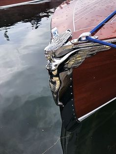 How To Build A Fishing Boat Yourself. - Verschiedenes - Design de Carros e Motocicletas Wooden Speed Boats, Wood Boats, Course Vintage, Bow Art, Chris Craft Boats, Classic Wooden Boats, Wooden Boat Building, Boat Projects, Build Your Own Boat