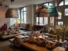 Café Michelberger in Berlin  #berlin #travel #berlinbejby #germany #michelberger #cafe #michelbergerhotel #interior #coffee #galaxys6 #saturday