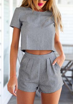 Grey shorts. Grey top. Co-ord set. 2 pieces. Pink lips. Work style. Summer style 2015.