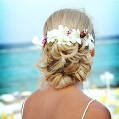 Beachy up-do with orchids simpaticastyle.com