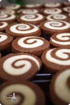 The Sugar Scientist: Grandmother's Pinwheel Cookies, 2013 Christmas Swirl Cookies