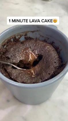 Mug Recipes, Easy Baking Recipes, Sweet Recipes, Snack Recipes, Dessert Recipes, Cooking Recipes, Cooking Videos Tasty, Lava Cake Recipes, Smoothie Recipes