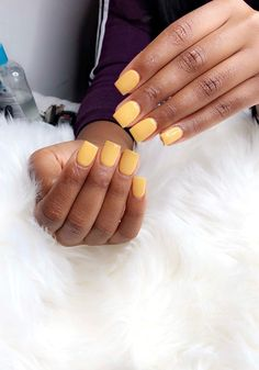 𝓑𝐚𝐝𝐝𝐢𝐞 for more ❄️ - square acrylic nails Short Square Acrylic Nails, Best Acrylic Nails, Square Nails, Dream Nails, Love Nails, Fun Nails, Exotic Nails, Nagel Gel, Yellow Nails