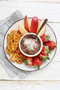 Chocolate coconut cookie dip (dairy free!) @califiafarms