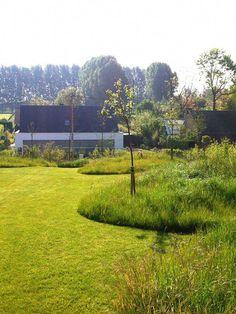 9 Beautiful Backyard Ideas for Small Yards – Garden Ideas 101 Urban Garden Design, Herb Garden Design, Garden Landscape Design, Landscape Architecture, Meadow Garden, Dream Garden, Rustic Landscaping, Garden Landscaping, Back Gardens