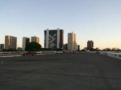 Plataforma Superior - Rodoviária - Ao fundo Setor Bancário Sul - Brasília/Brasil