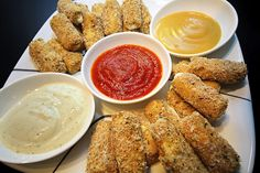 ♥Healthy Oven-Baked Crispy Cheese Sticks!! With Marinara & Honey Mustard & Ranch Dips made with Fat-Free Greek Yogurt!! SO Good!!! Only 40 calories each!!