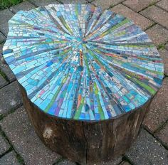 Mosaic Birdbath, Mosaic Garden Art, Glass Garden Art, Mosaic Art, Mosaic Crafts, Mosaic Projects, Mosaic Designs, Mosaic Patterns, Stone Mosaic