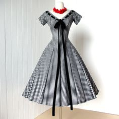 vintage 1950's dress ...quintessential SUZY PERETTE black & white gingham full skirt pin-up cocktail party dress with crinoline underskirt