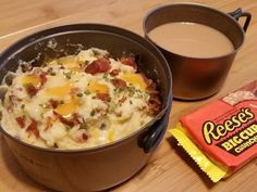 Calorie One-Pot Backpacking Meal Recipes - Cheesy Bacon Mashed Potatoes – Lightweight Backpacking Recipe - Camping Dishes, Camping Meals, Kids Meals, Camping Recipes, Camping Cooking, Kayak Camping, Backpack Camping, Camping Hammock, Camping Activities