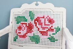 Thrilling Designing Your Own Cross Stitch Embroidery Patterns Ideas. Exhilarating Designing Your Own Cross Stitch Embroidery Patterns Ideas. Cross Stitching, Cross Stitch Embroidery, Embroidery Patterns, Cross Stitch Rose, Simple Cross Stitch, Diy Craft Projects, Diy Crafts, Craft Ideas, Sewing Spaces