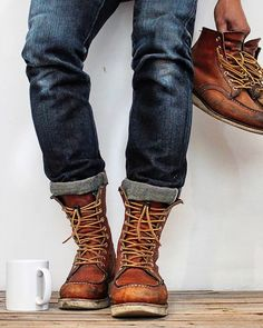 (notitle) The post (notitle) & Red Wing Boots appeared first on Mens Style . Red Wing Boots, Style Hipster, Mens Boots Fashion, Mens Hipster Boots, Motorcycle Boots, Mode Style, Boating Outfit, Shoe Boots, Men's Boots