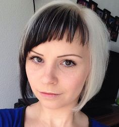 short+hairstyle+with+asymmetrical+bangs