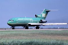Braniff International B727 ready for takeoff from DFW 1979...