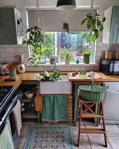 Kitchen Interior, New Kitchen, Kitchen Decor, Küchen Design, House Design, Interior Design, Elsie De Wolfe, Aesthetic Room Decor, Home And Deco