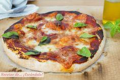 Aprende a preparar una masa de pizza casera perfecta de forma muy sencilla con nuestro paso a paso con fotos, y elabora la más deliciosa pizza margarita