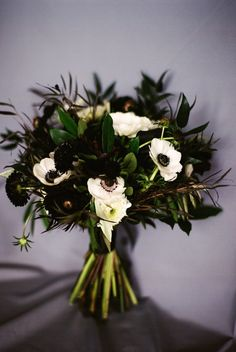 "In this ""Dark to Light"" wedding inspiration shoot, you will be moved by the moody black and white decor. Dana Fernandez, Ashley Joseph from Two Be Wed and Flower Power Productions came together to create this dramatic wedding inspiration shoot. With the simplicity of black and white decor and accents of gold and green, it's minimalism […]"
