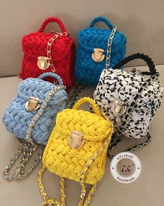 Backpack (crochet bag) Source by niluferservi Crochet Bag Tutorials, Crochet Purse Patterns, Crochet Basket Pattern, Crochet Tote, Crochet Handbags, Crochet Purses, Crochet Yarn, Yarn Bag, Bag Pattern Free