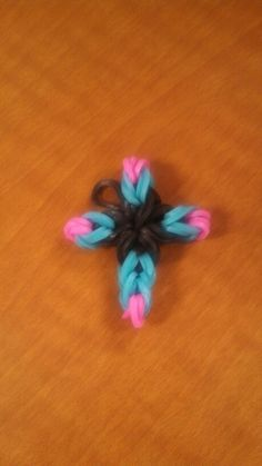 Rainbow Loom Cross