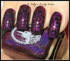 http://www.bettysbeautybombs.com/2015/03/19/purple-and-black-stamping-nail-art/ / Enchanted Polish January 2015 Nail Art