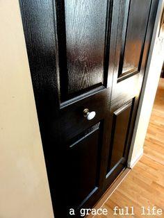 Black Door.....Take That Elizabeth Arden - how to blog