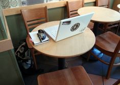 Top 5 Coffee-Shop Etiquette Tips in the Age of Laptop Hobos #Entrepreneurs