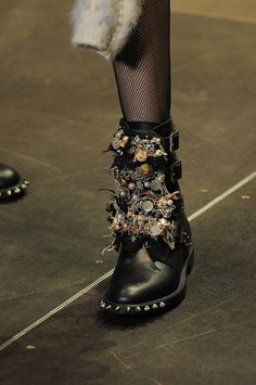 Yves Saint Laurent f/w 2013 show __ Fashion Editor at Large
