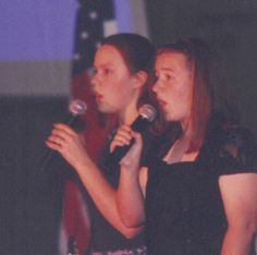 Laura P and I singing at the WAVM banquet in 1998