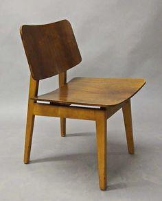 Jens Risom; Walnut Chair, 1940s.