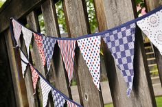 cool fabric pennant banners...easy and cheap to make in your choice of colors!!  from www.yourhomebasedmom.com