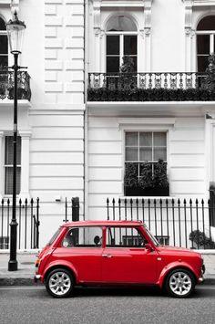 Original Mini Cooper @London (via Grégory [])