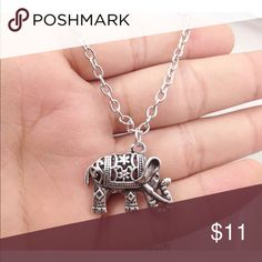 ❤️Small Elephant Necklace❤️ New in packaging Jewelry Necklaces