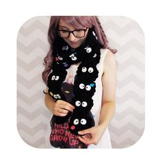 Learn how to make this kawaii susuwatari scarf from totoro and spirited away!