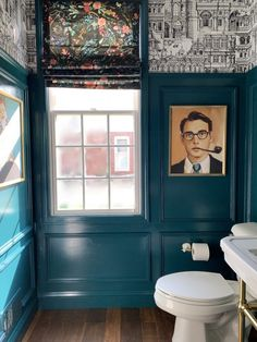 Unique Home Decor, Cheap Home Decor, Toilette Design, Restaurant Bathroom, Architecture Restaurant, Powder Room Design, New Orleans Homes, Portrait Wall, Victorian Design