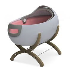 Cascara bassinet... ummm this is way too modern for me..