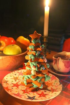 Green Gourmet Giraffe: Christmas in July - gingerbread tree
