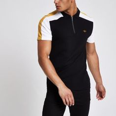 Pique fabric Wasp chest embroidery Block color sleeve design Regular fit Zip front Short sleeve Our model wears a UK M and is tall Polo Rugby Shirt, Pique Polo Shirt, Polo T Shirts, Boys Shirts, Camisa Polo, Basic Outfits, Sport Outfits, Men's Outfits, Polo Style
