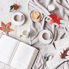 """427 tykkäystä, 60 kommenttia - Silvia🌸 (@dettaglidisilvia) Instagramissa: """"Buongiorno e buon primo Dicembre ❤️ La mia #slowmorning perfetta? ☕️ Cioccolata, biscotti di pasta…"""""""
