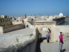 #magiaswiat #podróż #zwiedzanie #agadir #blog #afryka  #maroko #essaouir #ocean #safi #qualidia #al-dzadida #suk #casablanka #rabat #meknes #volubilis  #fez #meczet #marakesz Agadir, Sidewalk, Ocean, Blog, Side Walkway, Walkway, The Ocean, Blogging, Walkways