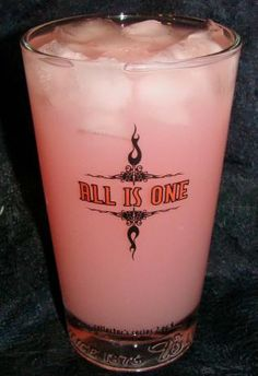 Pink Lady Lemon Cocktail. Peach Schnapps, vodka, and ginger ale give this lemonade cocktail a zip!