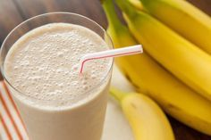 Powerontbijt: bananensmoothie met pindakaas