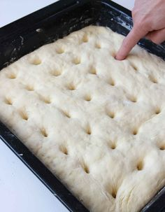 Philadelphiabullar med citronsmak - Lindas Bakskola & Matskola Cake Recipes, Dessert Recipes, Desserts, Croation Recipes, Biscuits, Fika, Cheese, Food Cakes, Lemon