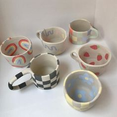 Clay Mugs, Ceramic Clay, Ceramic Pottery, Pottery Art, Pottery Painting Designs, Pottery Designs, Clay Art Projects, Clay Crafts, Art Hoe Aesthetic