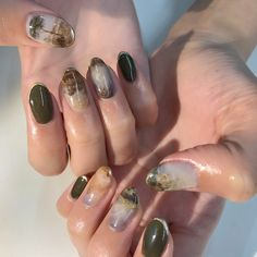 Japanese artist creates detailed works of art on the nails of her clients Aycrlic Nails, Nail Manicure, Swag Nails, Hair And Nails, Gorgeous Nails, Pretty Nails, Japanese Nails, Minimalist Nails, Dream Nails