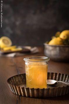 Zitronenmarmelade - süß und leicht bitter. Super lecker!